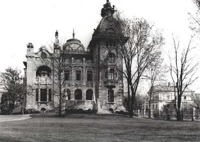 Die jungfräuliche Villa im Jahre 1903 kurz vor Einzug der Familie